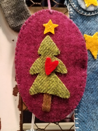 Sizzix ornament 4